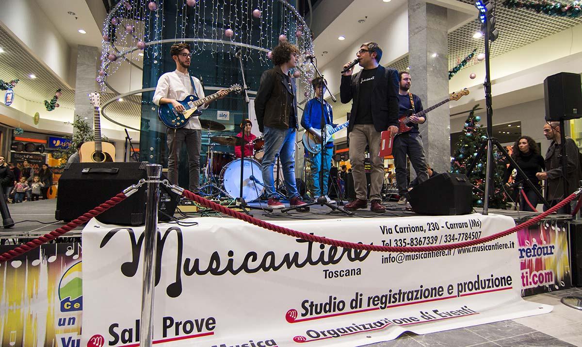 Foto copertina Carrefour live show