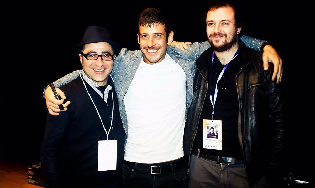 Foto di Francesco Gabbani con Alessandro Di Dio Masa e Giacomo Lorè